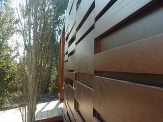 Stand expositivo en Campolameiro Diseño de ferias de estilo moderno de MUIÑOS + CARBALLO arquitectos Moderno