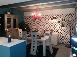 salle à manger : Salon de style  par PFEIFFER Caroline décoratrice intérieur