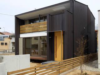 T邸 オリジナルな 家 の Osamu Sano Architect & associates オリジナル