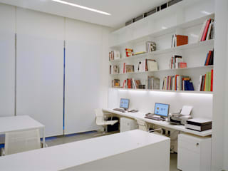 Modern commercial spaces by Rizzo 1830 Modern