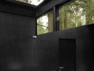 Toy--Box Estudios y despachos minimalistas de grupoarquitectura Minimalista