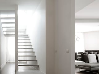 Modern Corridor, Hallway and Staircase by ANG42 Modern