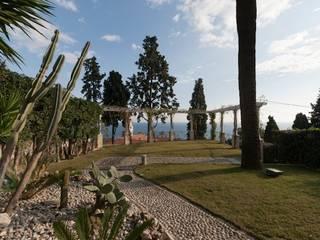 Jardin moderne par studiodonizelli Moderne