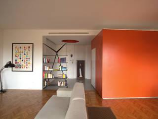 Casa CUBO Case moderne di Giulietta Boggio archidesign Moderno