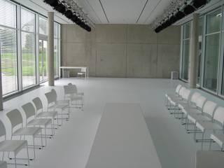 modern  by BARiT Kunstharz-BELAGSTECHNIK GmbH, Modern