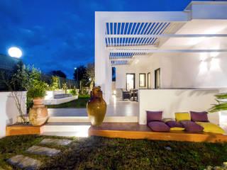 casa per vacanze Giardino in stile mediterraneo di francesco marella architetto Mediterraneo