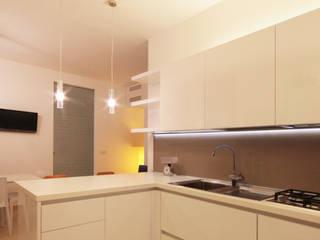 appartamento Cucina minimalista di francesco marella architetto Minimalista
