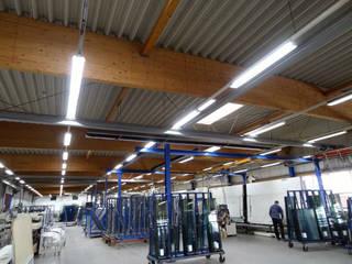Fertigungshalle:  Geschäftsräume & Stores von LEDAXO GmbH & Co. KG