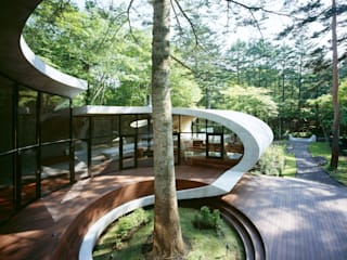 SHELL ARTechnic architects / アールテクニック Moderner Balkon, Veranda & Terrasse