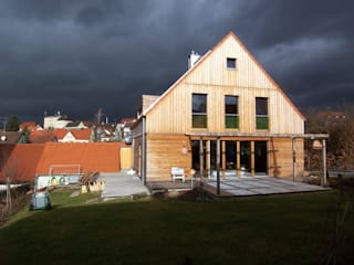 Einfamilienhaus in Altomünster von Planungsbüro Schilling Minimalistisch