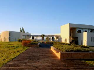 Condomínio Villagio São José por Alberto Torres + Audrey Bello Ramos Moderno