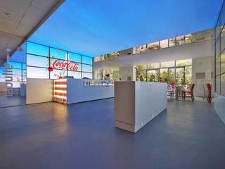 LA BULLE 2011 I Coca-Cola I Paris:  de style  par Atelier GH