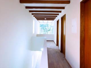 Casa Floradas:   por obra arquitetos ltda