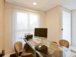 Alphaville Residence de Conseil Brasil Arquitetura e Interiores Minimalista