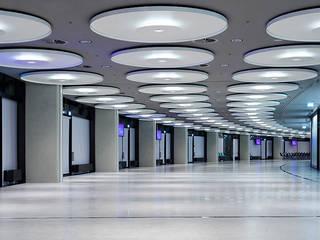 Business Area Olympiahalle München:  Häuser von Andreas J. Focke Architekturfotografie