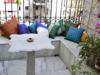 Sit Outs TUNI Interiors Pvt. Ltd. Balconies, verandas & terraces Accessories & decoration