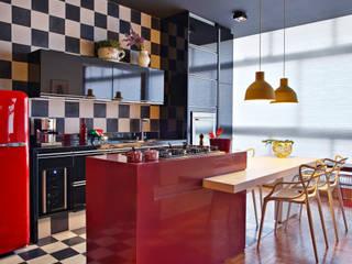 Casa  por Gislene Lopes Arquitetura e Design de Interiores