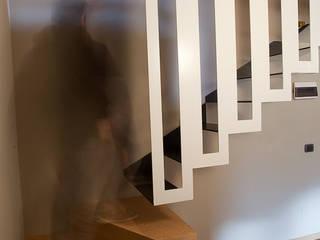 por BEARprogetti - Architetto Enrico Bellotti Minimalista