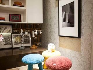 Sala Íntima Mostra de Decoração Orlane Santos Arquitetura Salas de estar rústicas