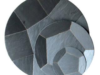 Plats ronds en ardoise naturelle:  de style  par Le Trèfle Bleu