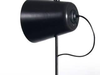 luminaire sur pied:  de style  par Design Studio Nicolas Bovesse