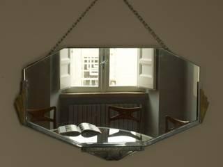 Nel centro di Roma, rinnovare e valorizzare un appartamento. Soggiorno moderno di Quid divinum design Moderno