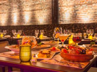 Restaurante Tablao por Studium Saut Arte & Interiores Clássico