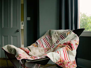 Cotton quilt: eclectic Bedroom by Quilts by Lisa Watson