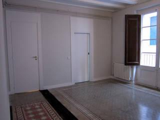 PLM 8. PISO Casas de estilo clásico de BONBA studio Clásico
