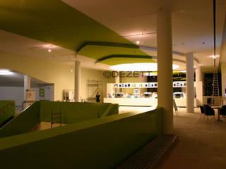 Lichtdecke CinemaxX Bielefeld Moderne Geschäftsräume & Stores von DEZETT Spanndecken Modern