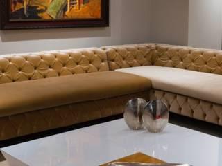 Corner Sofas:  Living room by Hconcept Interiors London Ltd.