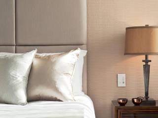 Bedroom Details Chambre moderne par Roselind Wilson Design Moderne