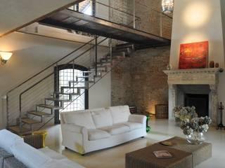 Maisons de style  par ariano architettura, Moderne