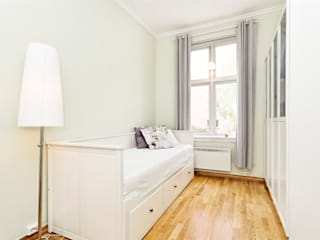 Apartment London: scandinavian  by Studio Kiran Singh, Scandinavian