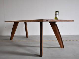 Tisch Nr. 114:   von Walter's Wood Idea AG