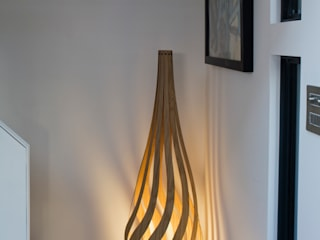 Tulip Floor Light por MacMaster Design Moderno