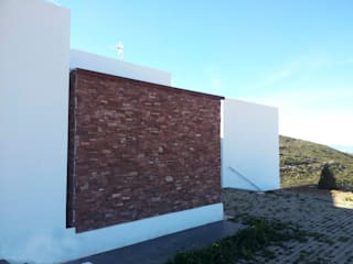 "Vivienda Unifamiliar ""Gladys"":  de estilo  de giacomodeluca_arquitecto"