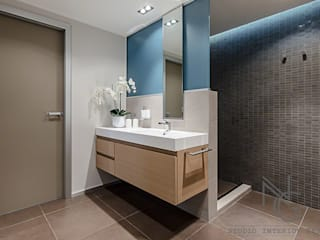 Bathroom by ArchitPhoto