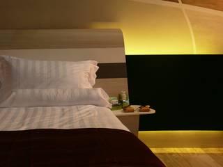 WELLNESS ROOM Camera da letto moderna di Studio Stefano Pediconi Moderno