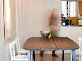 """Table M """" Malko choco """":  de style  par ATELIER MARTIN BERGER"""