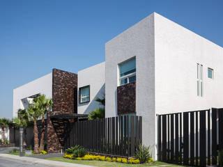 現代房屋設計點子、靈感 & 圖片 根據 ARQUIPLAN 現代風