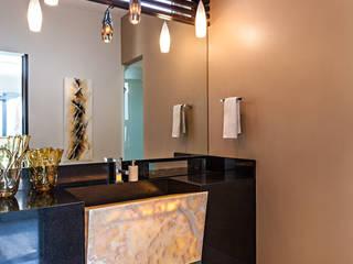 Salle de bains de style  par Arquiplan