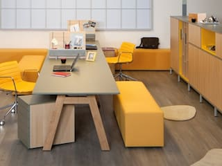 Büros zum Wohlfühlen:   von Möbelwerk Svoboda GmbH & Co KG