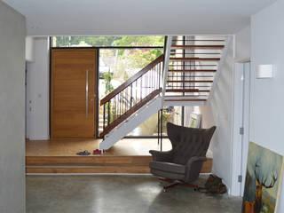 Hallway & Restored 1960s Staircase and Flooring - West Sussex: modern  by ArchitectureLIVE, Modern
