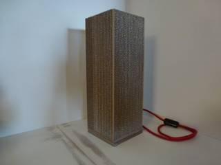 Cardboard light:  de style  par Wax Design