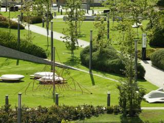 Parque Vidalta Jardins modernos por Serrano Monjaraz Arquitectos Moderno