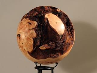 Holzkugel Thuja:   von Thomas Baumgärtner