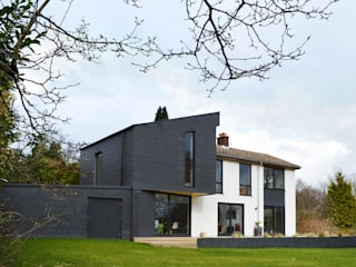 Transforming a 1960s Detached Property, Haslemere, Surrey par ArchitectureLIVE Moderne