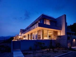 Modern houses by 株式会社スタジオパートスリー Modern