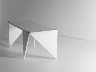 TANGRAM table par Laurent de Carniere architect Moderne